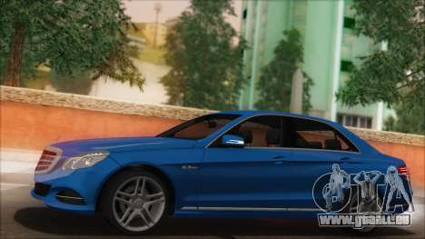 Mercedes-Benz E63 AMG 2014 pour GTA San Andreas salon