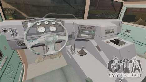 Dongfeng EQ2050 pour GTA 4 est une vue de l'intérieur