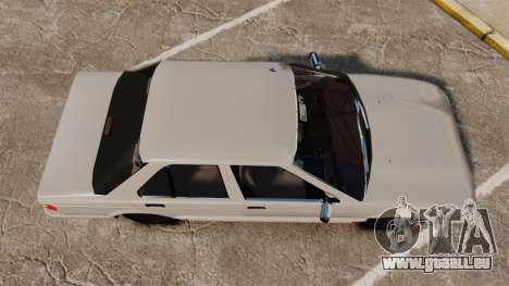 Nissan Tsuru pour GTA 4 est un droit