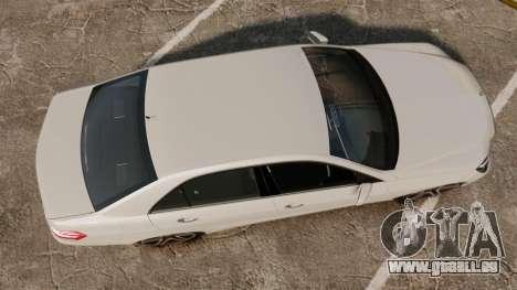 Mercedes-Benz E63 AMG 2014 v2.0 für GTA 4 rechte Ansicht