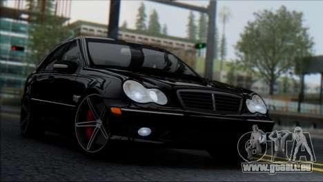 Mercedes-Benz C32 Vossen pour GTA San Andreas sur la vue arrière gauche