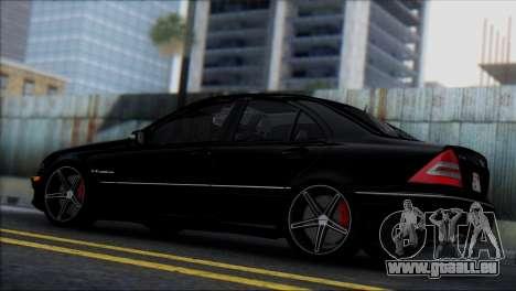 Mercedes-Benz C32 Vossen pour GTA San Andreas vue de droite