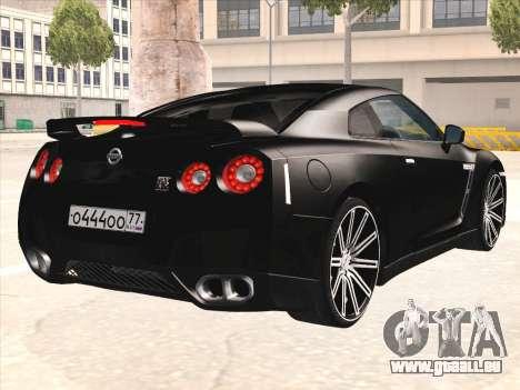 Nissan GTR-R35 Spec-V pour GTA San Andreas vue de droite