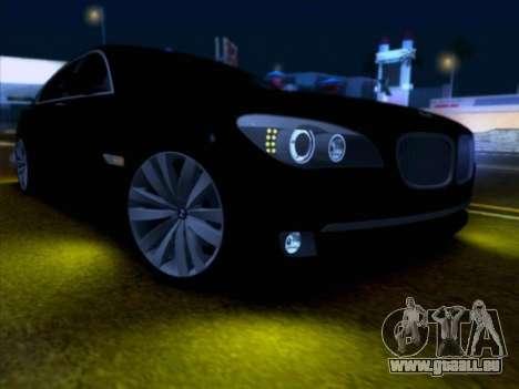 BMW 750li pour GTA San Andreas vue de droite