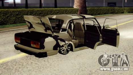 VAZ 2107 en tenue de camouflage pour GTA San Andreas sur la vue arrière gauche