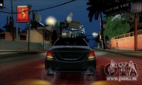 Mercedes-Benz C250 2014 V1.0 EU Plate für GTA San Andreas Seitenansicht