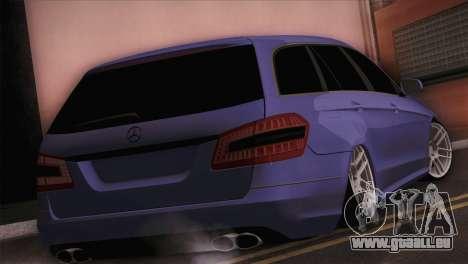 Mercedes-Benz W212 pour GTA San Andreas laissé vue