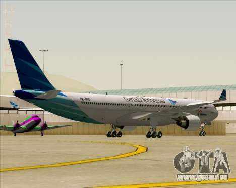 Airbus A330-300 Garuda Indonesia pour GTA San Andreas vue de côté
