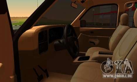 GMC Yukon XL ФСБ pour GTA San Andreas sur la vue arrière gauche