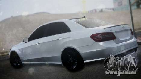 Mercedes-Benz E63 für GTA San Andreas linke Ansicht