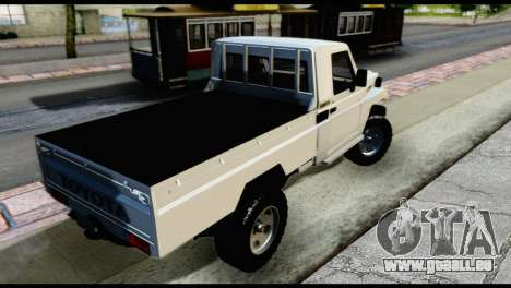 Toyota Land Cruiser Macho Pick-Up 2007 4.500 pour GTA San Andreas laissé vue