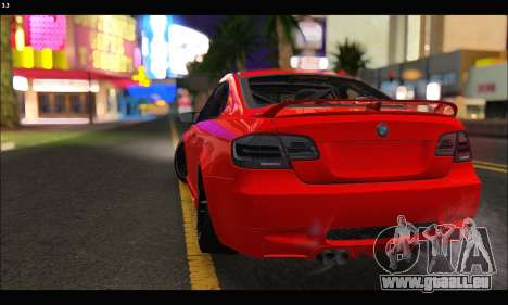BMW M3 GTS 2010 pour GTA San Andreas vue de côté