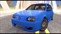 VW Golf R32 - Stock