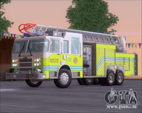 Pierce Arrow XT Miami Dade FD Ladder 22 pour GTA San Andreas