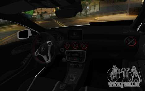 Mercedes-Benz A45 AMG pour GTA San Andreas vue de droite
