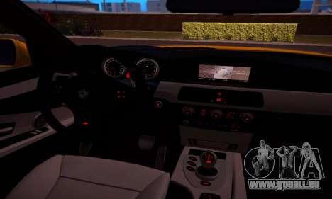 BMW M5 Gold pour GTA San Andreas vue intérieure