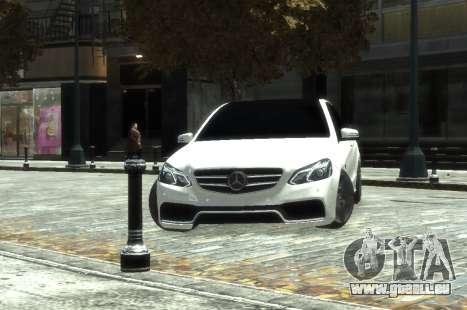 Mercedes-Benz E63 W212 AMG für GTA 4 rechte Ansicht