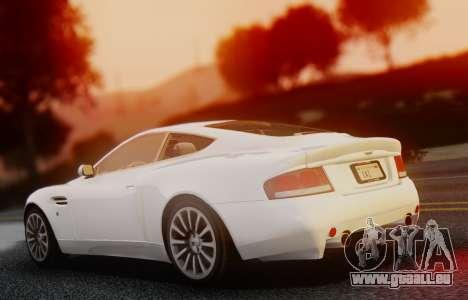 Aston Martin V12 Vanquish 2001 v1.01 pour GTA San Andreas sur la vue arrière gauche