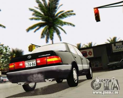 Toyota Celsior pour GTA San Andreas vue de côté