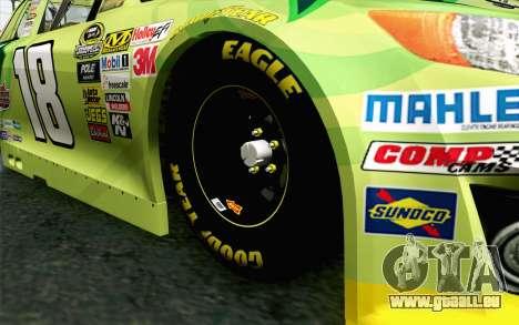 NASCAR Toyota Camry 2013 v4 pour GTA San Andreas sur la vue arrière gauche