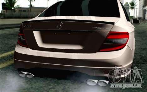 Mercedes-Benz C63 AMG pour GTA San Andreas vue arrière