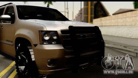 Chevrolet Suburban 4x4 pour GTA San Andreas sur la vue arrière gauche