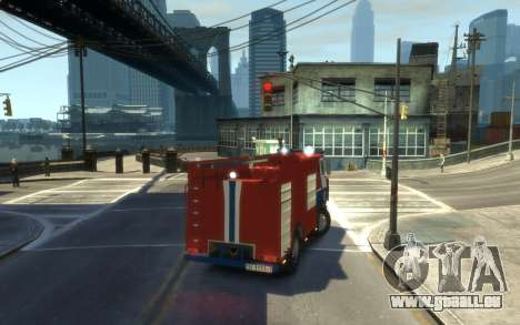 MAZ 533702 das Ministerium von Notsituationen vo für GTA 4 hinten links Ansicht