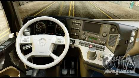 Mercedes-Benz Actros MP4 6x4 Standart Interior pour GTA San Andreas vue de droite