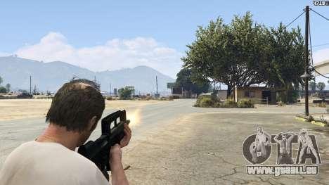 GTA 5 Famas F1 achten Screenshot