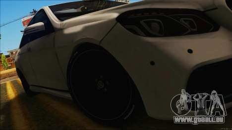 Mercedes-Benz E63 Brabus BUFG Edition pour GTA San Andreas vue de droite