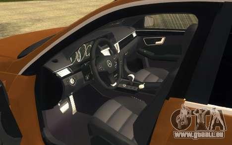 Mercedes Benz E63 AMG für GTA San Andreas zurück linke Ansicht