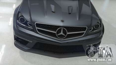 GTA 5 Mercedes-Benz C63 AMG v1 vue latérale gauche