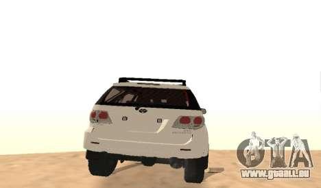 Toyota Fortuner 4RM 2015 Rustica pour GTA San Andreas vue de droite