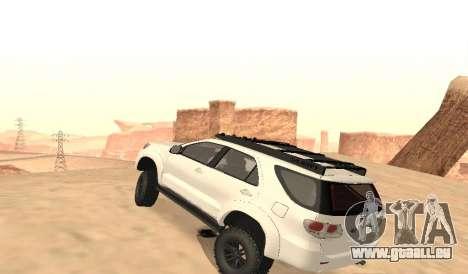Toyota Fortuner 4WD 2015 Rustica für GTA San Andreas zurück linke Ansicht