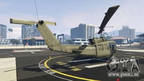 GTA 5 Bell UH-1D Iroquois Huey troisième capture d'écran