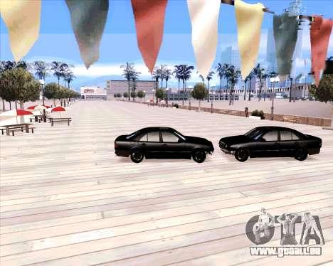 Mercedes Benz E-Class pour GTA San Andreas vue arrière
