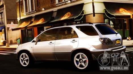 Toyota Harrier pour GTA 4 est un droit