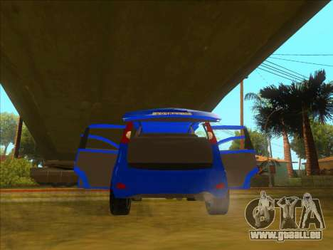 Nissan Note v0.5 Beta pour GTA San Andreas salon