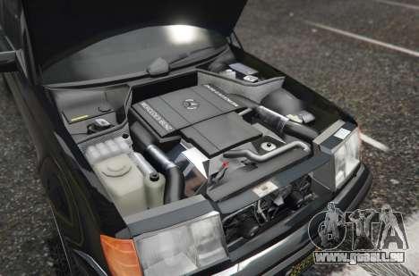 GTA 5 Mercedes-Benz E500 arrière droit vue de côté