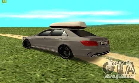 Mercedes Benz E63 AMG für GTA San Andreas rechten Ansicht