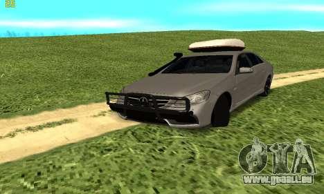 Mercedes Benz E63 AMG pour GTA San Andreas vue arrière
