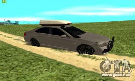 Mercedes Benz E63 AMG pour GTA San Andreas laissé vue