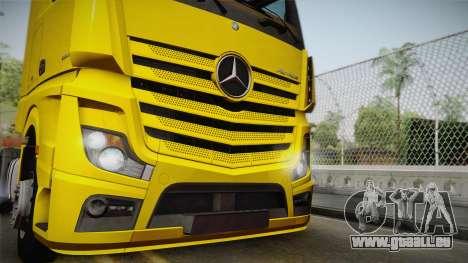 Mercedes-Benz Actros Mp4 4x2 v2.0 Gigaspace v2 pour GTA San Andreas sur la vue arrière gauche