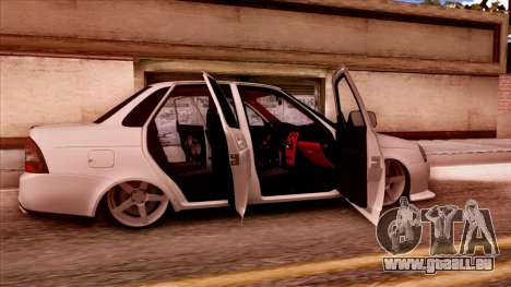 Lada Priora Autozvuk v.2 pour GTA San Andreas vue de droite