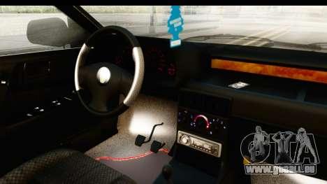 Rover 220 Gold Edition pour GTA San Andreas vue intérieure