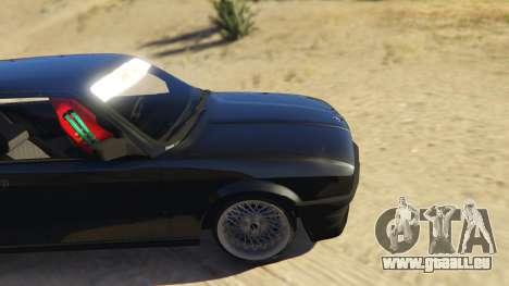 GTA 5 BMW E30 Drift arrière droit vue de côté