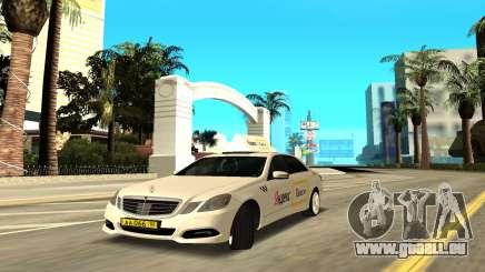 Mercedes-Benz E500 W212 pour GTA San Andreas