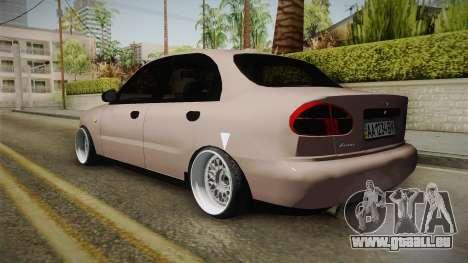 Daewoo Lanos Sedan 2001 pour GTA San Andreas laissé vue