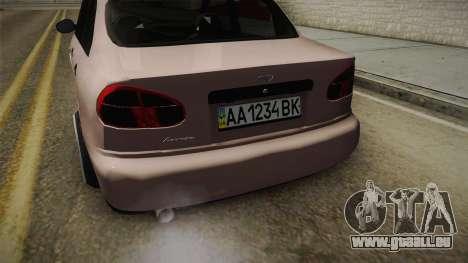 Daewoo Lanos Sedan 2001 pour GTA San Andreas vue intérieure