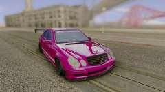Mercedes-Benz E55 AMG Speedhunters